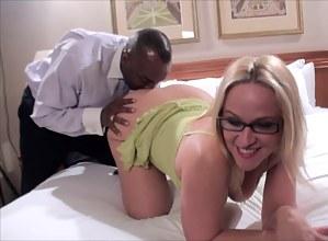 Free Mature Blonde Porn Pictures