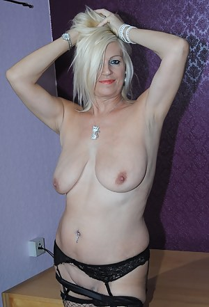 Free Mature Piercing Porn Pictures
