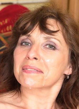 Free Mature Facial Porn Pictures