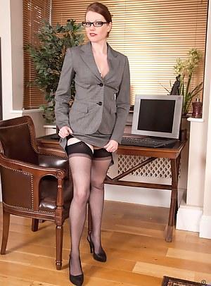 Free Mature Uniform Porn Pictures
